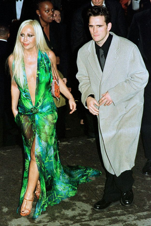 Donatella Versace and Matt Dillon — 1999 | This Is What The Met Gala Looked Like In The 90s WHAT YEAR DID JLO WEAR THIS GOWN TO THE OSCARS?  IF DONATELLA WORE IT TO THE MET GALA IN 1998 SHE SHOULD MAKE SURE THIS PIC IS BURNED, I'D NEVER WANT TO BE COMPARED TO HOW JLO ROCKED THIS DRESS!!!!
