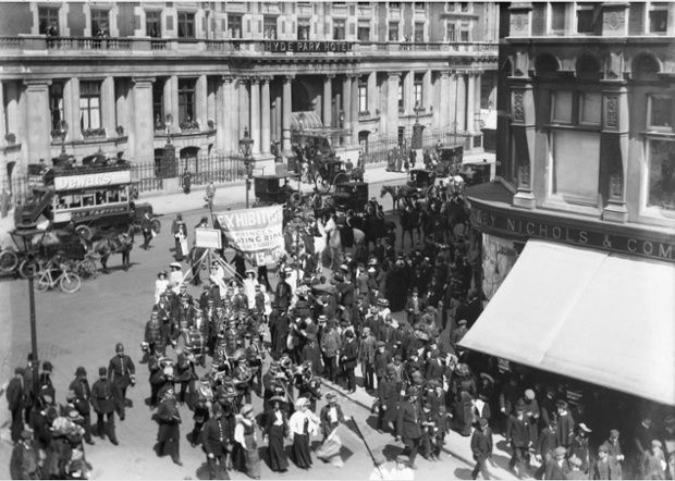 Soldiers in petticoats: A procession of people promoting the Women's exhibition, May 1909