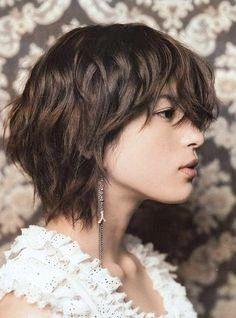 16 Große Kurze Shaggy Frisuren für Frauen