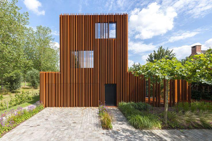 In beeld avontuurlijke woning volledig in cortenstaal verpakt nieuwbouw ik ga - Architectuur staal corten ...