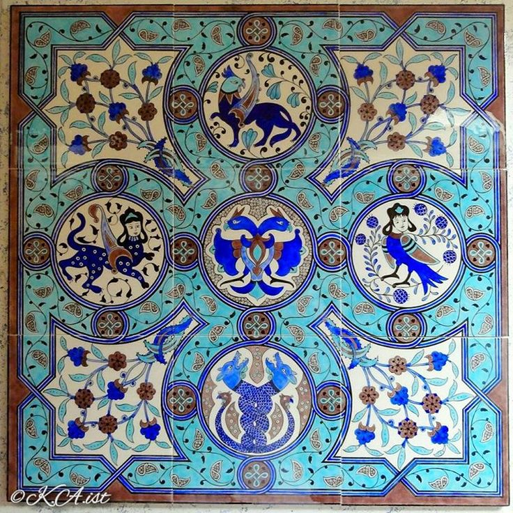 """Selçuklu desen çini pano.Eserin tasarımı bana aittir セルジューク朝デザインのタイル画 ~~~~~~~~~~~~~~~~~~~~~~~~~~~~ #design #drawing #ceramics #pottery #ceramictile…"""