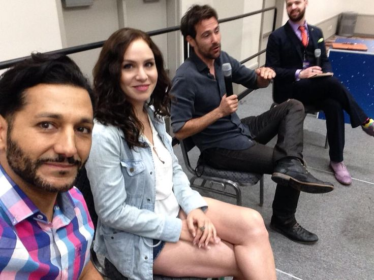 Just hanging out with Assassins @ambergoldfarb & @mattryanreal for @ComicConHouston #SCCC @assassinscreed panel.