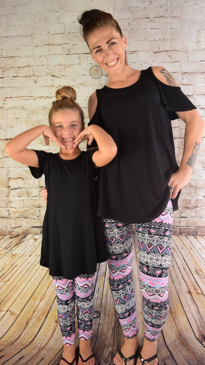 Mommy and Me leggings! http://mybuskins.com/#Fitforworship It all started with a pair of black leggings for me. Great ideas for LuLaRoe! Interested in shopping our VIP page, check out https://www.facebook.com/groups/LularoeAmyJarvinen/