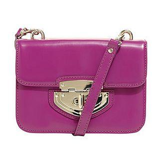 loooove this bright purple bag...necessity