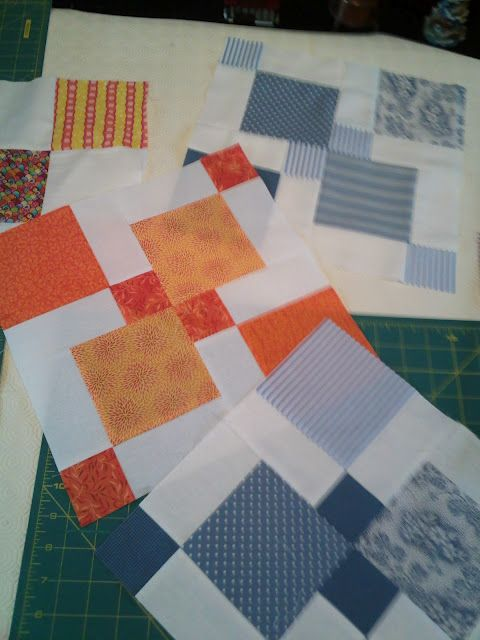 Disappearing 9 patch with a solid as block 2,4,6,8: Nine Of Urso, Good Ideas, Quilts Blocks, Blocks Ideas, Disappearing Nine Patches, Blocks 2 4 6 8, Bees Rilli Afternoon, Quilts Ideas, Disappearing 9 Patches