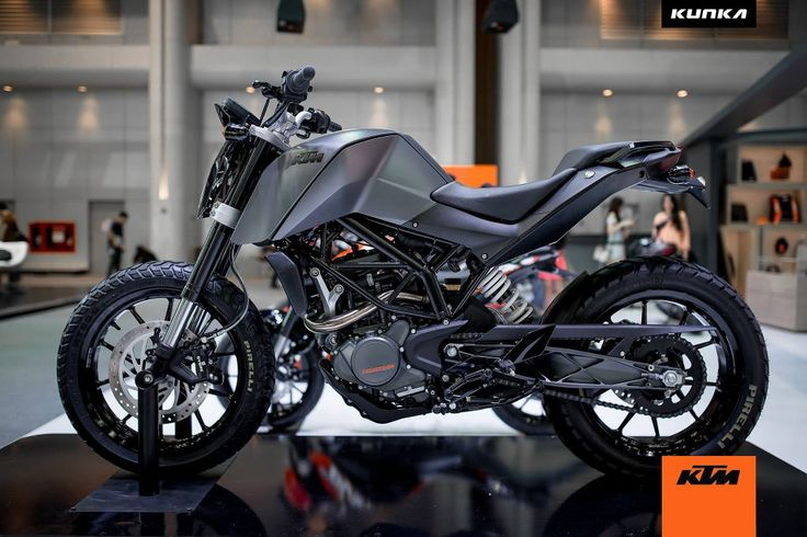 KTM Duke 200 custom with grey shade and off-road tyres