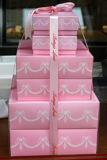 Pink Boxes at Bottega Louie by Muy Yum, via Flickr