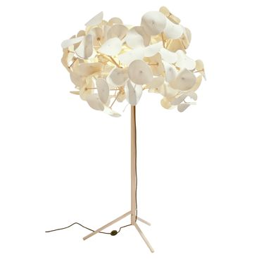 Green Furniture Leaf Lamp. Sustainable design at its best!
