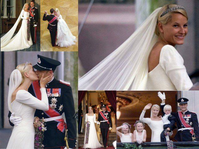 Mette Marit Tjessem.  Su vestido de novia estaba confeccionado por el modisto noruego Ove Harder Finseth, un reputado creador de alta costura. Vestido en crêpe de seda color marfil de  línea clásica estaba cargado de simbolismo por estar inspirado en el vestido que lució la reina Maud, bisabuela de Haakon de Noruega, el día de su boda con el rey Haakon VII.