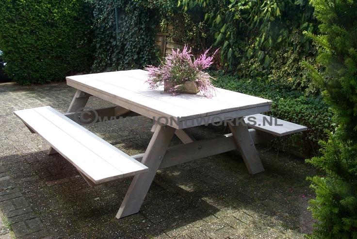 Steigerhout oerdegelijke picknick tafel