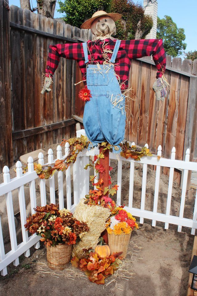 Make a scarecrow to scare off animals and birds from feasting on your garden, or use it for festive fall decor.