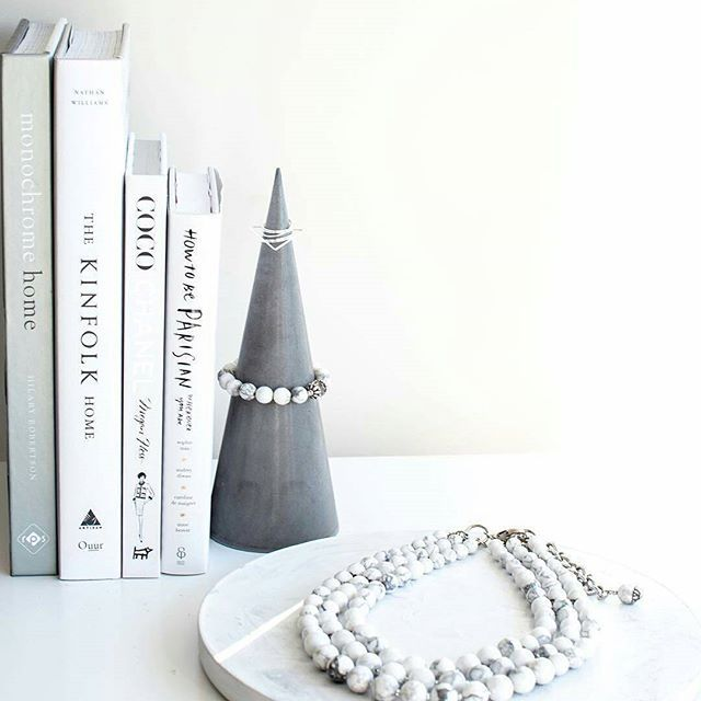 We are TOTALLY crushing on our raw #jewellerycones ⚫SHOP ONLINE ⚫ www.thesecretdoordecor.com ⚫ (link in bio) 📷 @tashstylephotography - || Repost || #thesecretdoordecor #melbourne #sydney #interiordecorating #scandinaviandesign #modern #homestyle #homewaresonline #handmadeinaustralia #handmade #smallbusiness #interior #styling #interiorstyling #decor #homedecor #jewellery #concrete #jewellerycone