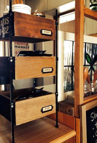工具要らず!100均木箱で簡単♪男前カフェ風収納