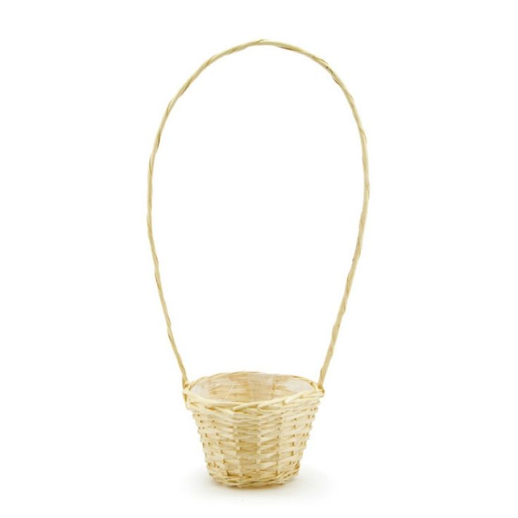 Willow Rnd Tall Handle Basket 20diax14cmH Each - Natural | Oceans Floralspecialises in the development and wholesale distribution of creative floral and gift presentation solutions. Through providing outstanding customer service, and maintaining superior delivery standards, Oceans has a well-earned reputation as market leaders in New Zealand's floral and gift packaging industry. Wedding, Wedding DIY, Favour, gifts,Christmas,