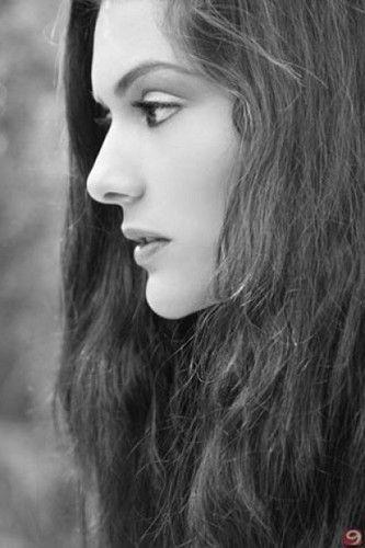Berguzar Korel - turkish-actors-and-actresses Photo