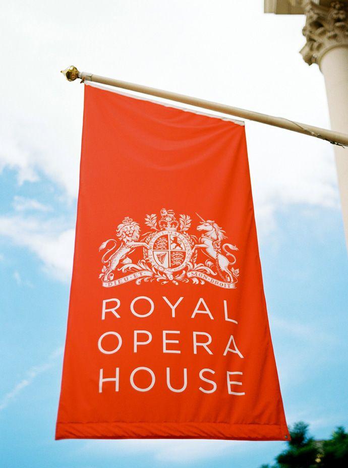 www.herecomesthemusic.com/vicky-and-emmanuel-royal-opera-house Wedding Royal Opera House London - Images by Ann-Kathrin Koch