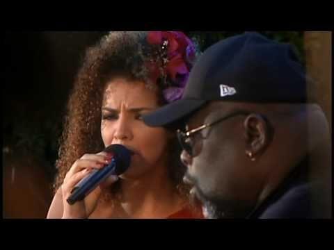 Vanessa da Mata -- Ilegais/You don´t love me -- Multishow ao vivo -- Vídeo oficial - YouTube
