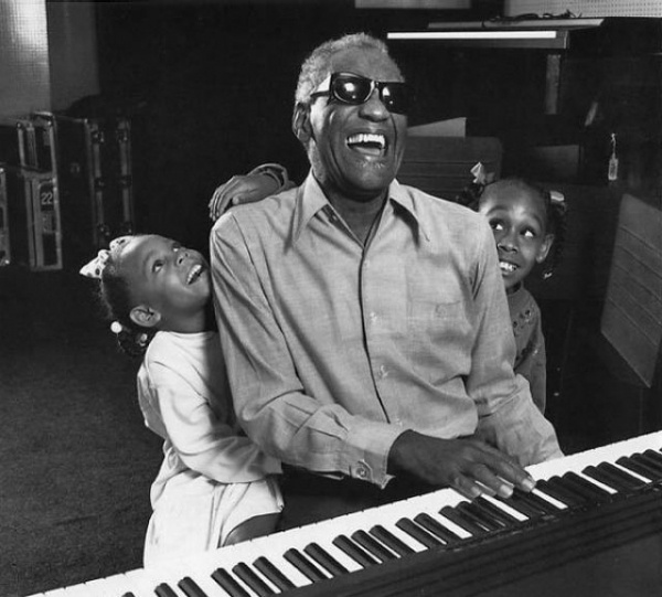 Ray Charles and his grandchildren, Los Angeles, 1991 (Photographer: Harry Benson)