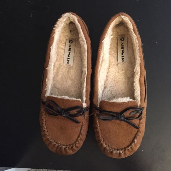 Moccasin's Brown, very cute. Shoes Moccasins