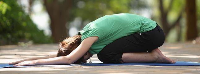 Você sabia que a Saudação ao Sol não é apenas um exercício físico para perda de peso? Essa linda sequência de posturas trabalha não somente o corpo, mas