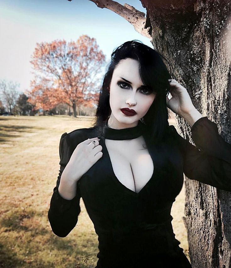 Gothic Goth Girl Fashion: Stunning Goth Clothing UK #gothic