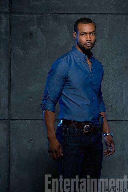 Luke Garroway played by Isaiah Mustafa #Shadowhunters Season 1