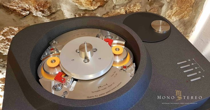 REED MUSE 1C IDLER DRIVE TURNTABLE