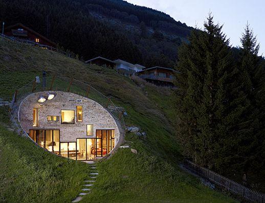 Villa vals suiza una casa construida bajo tierra todo - Casas bajo tierra ...