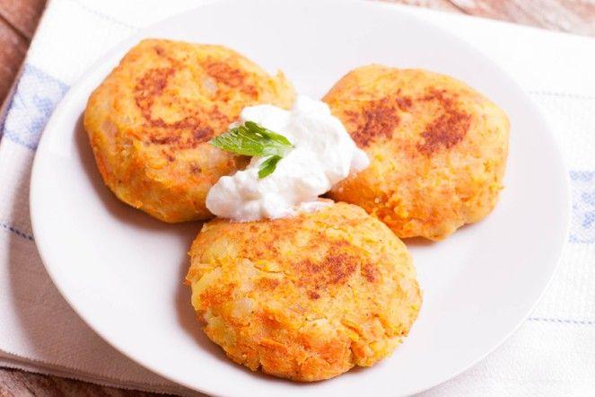 Gli hamburger di zucca sono un secondo piatto alternativo ai classici hamburger di carne, perfetti per tutta la famiglia. Ecco la ricetta