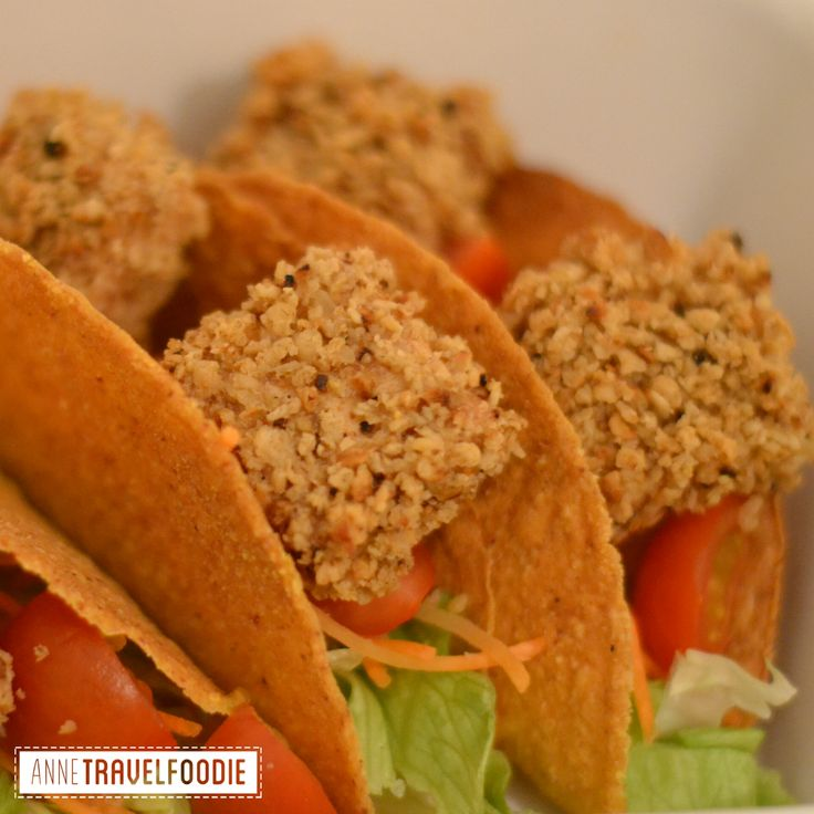 crunchy tofu vegan tacos. I love Mexican food, but it's mostly not very healthy and definitely not vegan! Since I'm doing a vegan challenge I wanted to make a healthy, vegan friendly Mexican dish. I was very happy with the result of my experiment! With these crunchy tofu bites I made a vegan dish that's also gluten free.