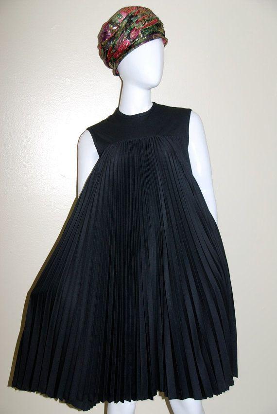 vtg 60s black pleated trapeze aline tent dress por animalvintage   i