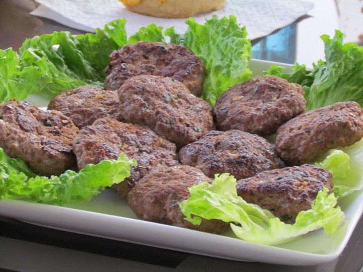 FREEZER MEAL Mini Italian Burgers Recipe - Thriving Home