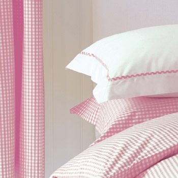 Eva's room has a pink gingham valance by Pottery Barn that I got for a song at a 2nd hand sale.