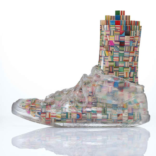 Haroshi 'Feet Sculptures Wearing Transparent Shoes'