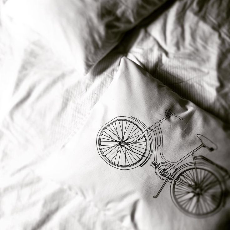 Sixten Pillowcase. For those extra pillows in bed. Up in the webshop now.