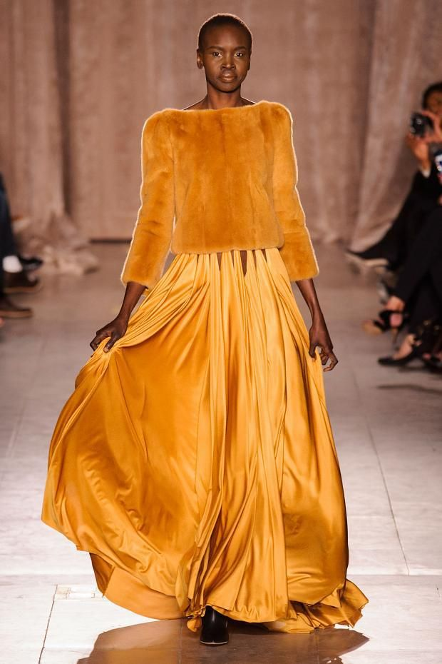 mulberry-cookies:  Alek Wek @ Zac Posen Fall/Winter 2015