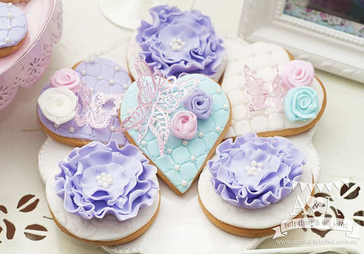 http://aandklollybuffet.com.au/pastel-french-country-inspired-18th-birthday-dessert-buffet/