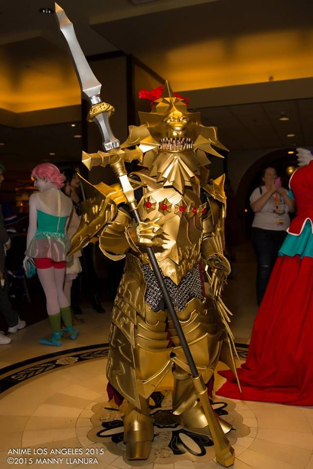 epic dragon slayer ornstein cosplay at ala 2015 photo by manny llanura photography do you know