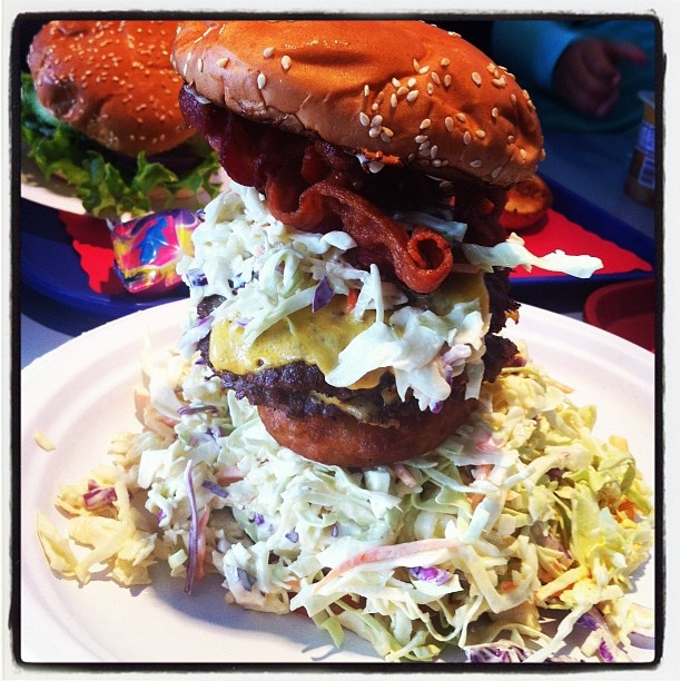 The Big Reds Burger #foodpornRed's Burger Joint. Now that's a sammich!