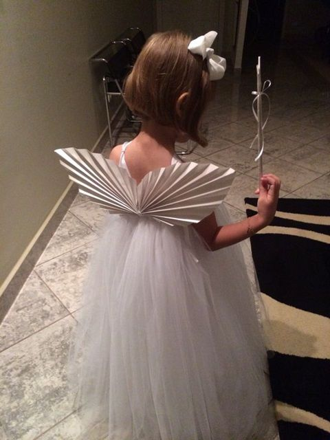 A Fadinha Pietra com asas de origami e varinha de coração. #origami  #origamis #fada  #asasdeorigami #veronicajamkojian