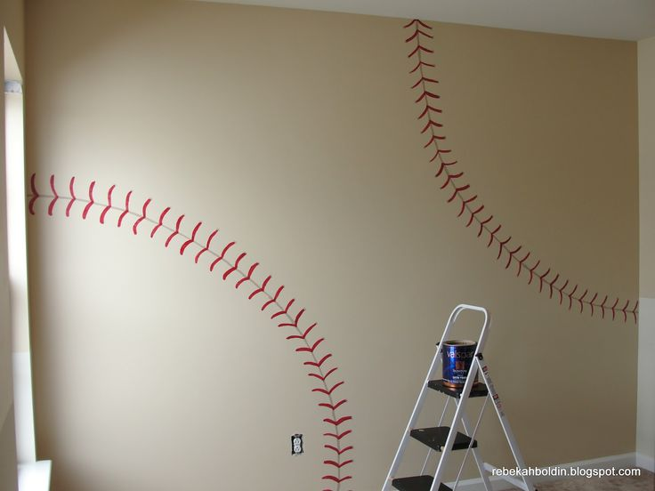 Boys Bedroom Idea: Take Me Out to the Ball Game! I don't really want to do a themed room but I think daddy would really like this.