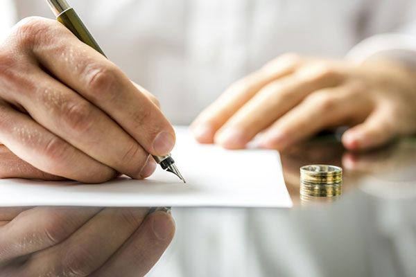 Divorce Friend is one of the top leading Law firm which consist the best Family law solicitors Hampshire who are intended to help you in family law. reach us now http://divorcefriend.co.uk/contact