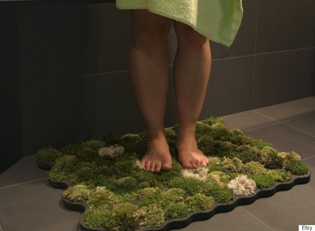 A living #bathmat? We are very curious as to how this would feel on our feet! We assume pretty luxurious. #BathroomTechnology