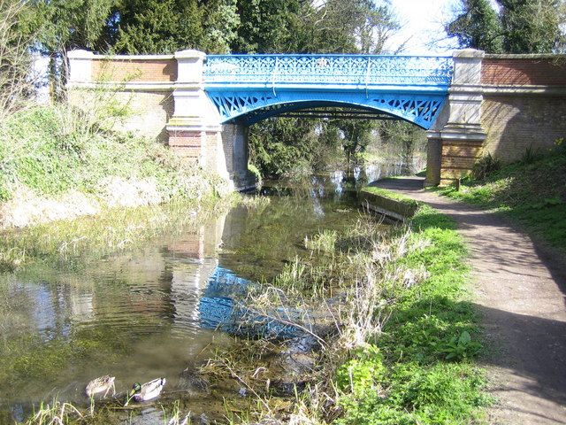 Grand Union Canal (Wendover Arm) in Halton  #canals