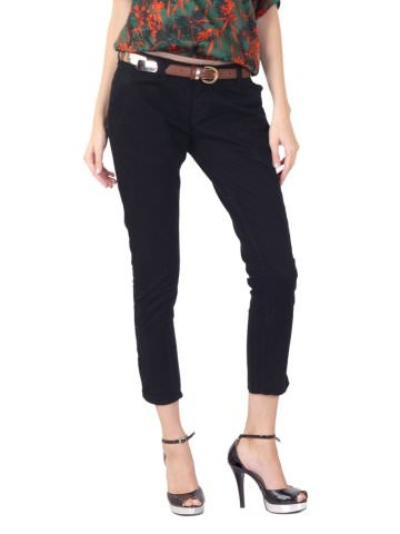 30%Off on ELLE WOMEN THREE FOURTH PANTS @1260