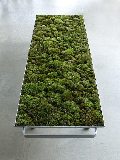 Amazing use of metal and moss to create a stunningly comfortable looking Moss Bench by Kazunaga SAKASHITA, Japan