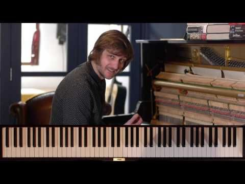 Introduction to Blues Piano course - FREE LESSON - using the 'blues scale' - YouTube