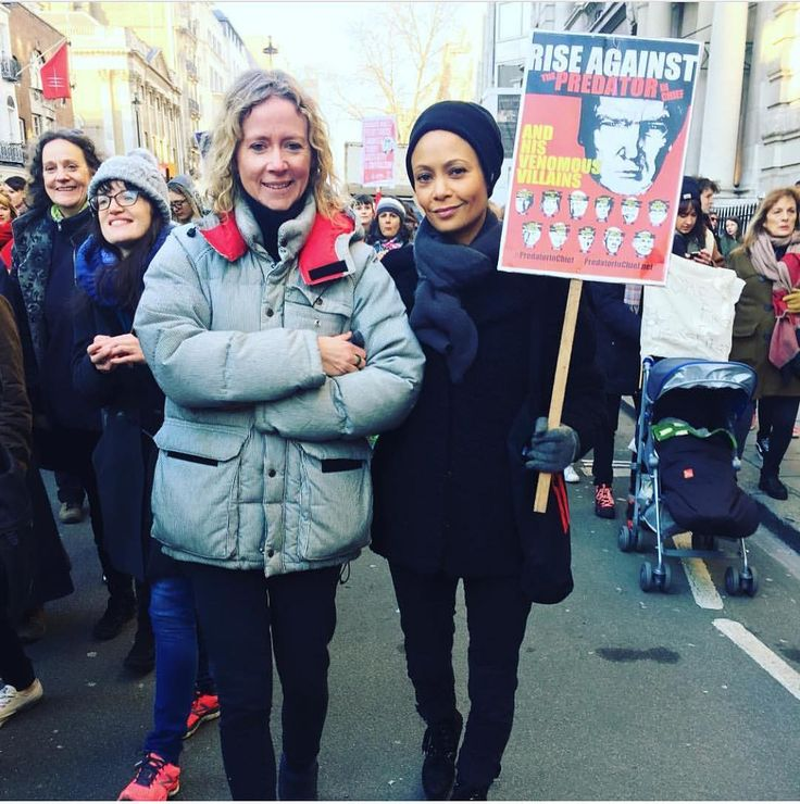 #Westworld Cast at the Women's March (In Pictures)