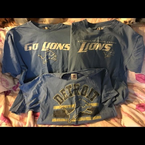 3 shirt Detroit Lion bundle All Detroit Lion short sleeve shirts top 2 are xl and bottom is size l and all 3 are men's sizes Nfl Tops Tees - Short Sleeve