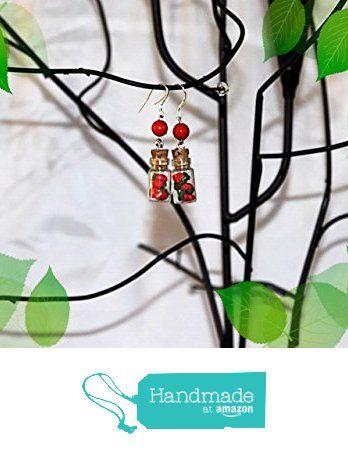 Ohrringe,Fimo,Kawaii Erdbeeren von der Fimoandmore https://www.amazon.de/dp/B06XFRC3ZN/ref=hnd_sw_r_pi_dp_OK-Wyb0C92JVS #handmadeatamazon